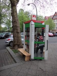 So steht die VillaLIbris nun als BücherboXX VillaLibris am Rüdesheimer Platz