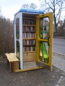 BücherboXX am Gleis17