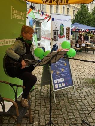 1. Sept 2017 | Kultureinlage durch Karolin Sommerschuh, Studentin an der Gitarre