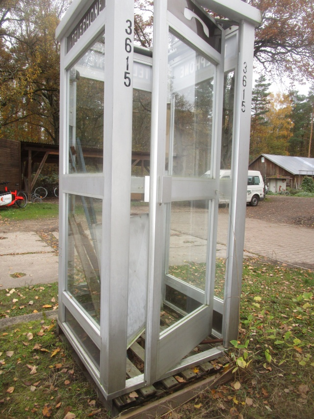 Das Referenzmodell: Die originale Telefonzelle aus Frankreich.